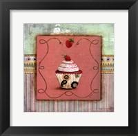 CUPCAKE DELIGHT I Framed Print