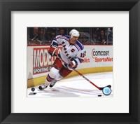 Framed Mark Messier 2003-04 Action