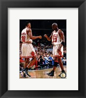 Framed Michael Jordan & Scottie Pippen 1998 Action
