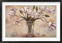 FLEURS EN VASE II Framed Print