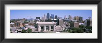 Framed Union Station with city skyline in background, Kansas City, Missouri, USA
