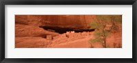 Framed Ruins of house, White House Ruins, Canyon De Chelly, Arizona, USA