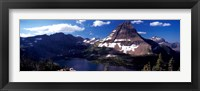 Framed Mountain range at the lakeside, Bearhat Mountain, Hidden Lake, Us Glacier National Park, Montana, USA