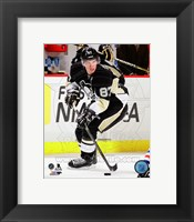 Framed Sidney Crosby Hockey Passing Action