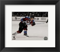 Framed Joe Sakic 2007-08 Spotlight Action