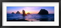 Framed Rock formations in the Pacific Ocean, Oregon Coast, Oregon, USA