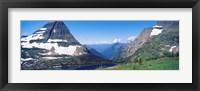 Framed Bearhat Mountain and Hidden Lake, US Glacier National Park, Montana, USA