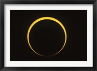 Framed Annular eclipse showing reverse Baily's beads effect