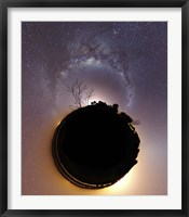Framed Milky Way and zodiacal light presented as a mini planet