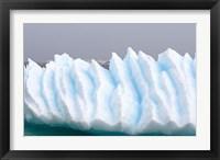 Framed Iceberg pattern off the western Antarctic peninsula