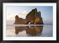Framed Rock Formation, Archway Island, South Island, New Zealand (horizontal)