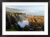 Framed New Zealand, Paparoa NP, Pankace Rocks blowhole