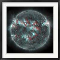 Framed Full Sun with lots of Sunspots and Active regions in 3D