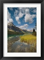 Framed Waterfowl lake, Icefields parkway, Banff NP, Canada