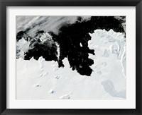 Framed Pine Island Bay in West Antarctica