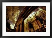 Framed Love in Paris