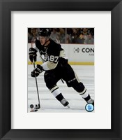 Framed Sidney Crosby 2015-16 Action