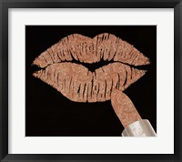 Framed Rosegold Kiss
