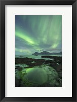Framed Aurora above Gjogv