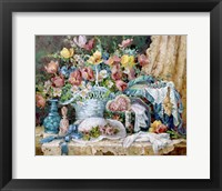 Framed Victorian and Lace Collectables